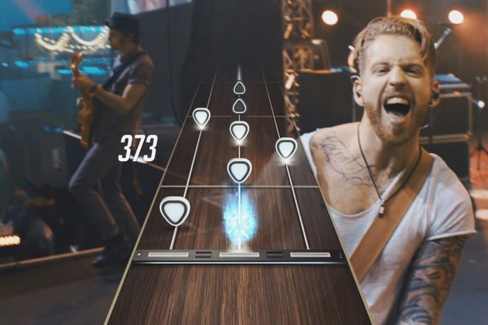 guitar-hero-live-goes-first-person-and-live-action-without-backwards-compatibility-1429008392111