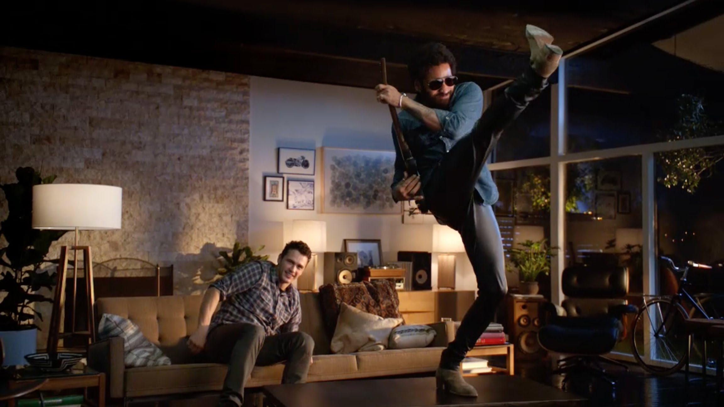 Photo of Live Action Trailer for Guitar Hero Live Featuring James Franco and Lenny Kravitz